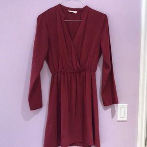 MODEST BURGUNDY FLOWY DRESS AMAZING CONDITION